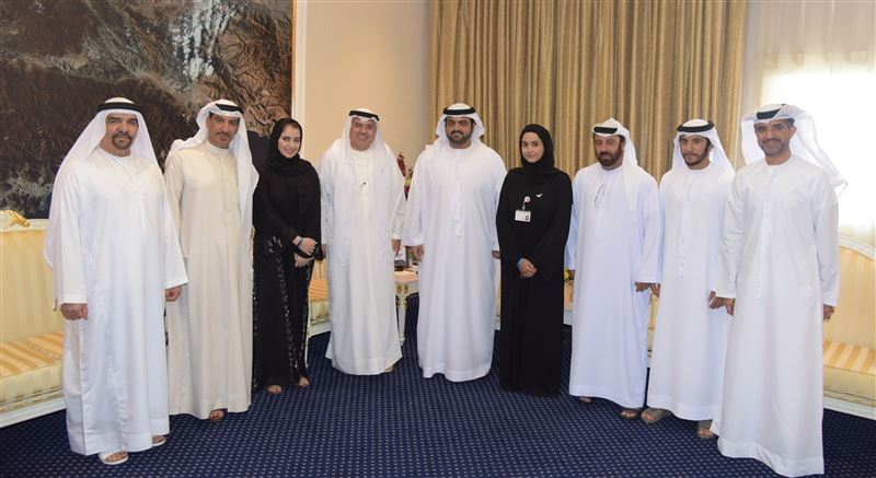 Fujairah Crown Prince reviews the government human resources system